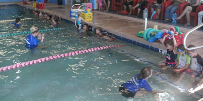 world's largest swim lesson - aqua tots