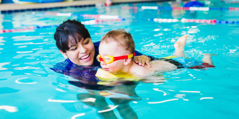 swimming lessons for toddlers